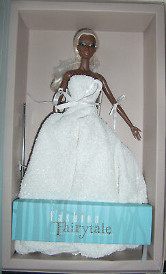 2017 Fashion Royalty Adele Frosted Glamour Doll MIB Fairytale convention