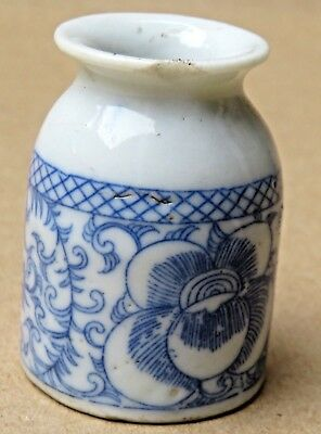 ANTIQUE CHINESE BLUE & WHITE INK POT INKWELL Porcelain Qing dynasty HAND COLOR