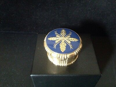 Estee Lauder White Linen 1983 Blue Holiday Remembrance Box Compact for Solid