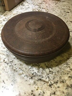 Vintage Domart Round Sewing Box Bakelite EUC from the 1930's