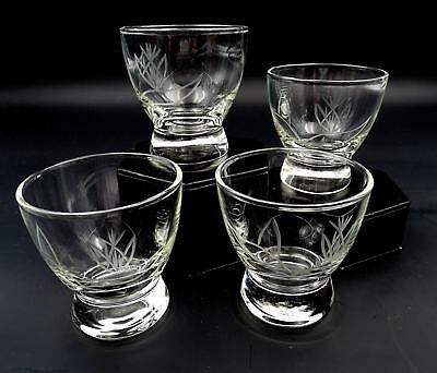 """Winfield Pottery Co 4 Pc Dragon Flower Etched 3 1/8"""" Juice Glasses 1949"""