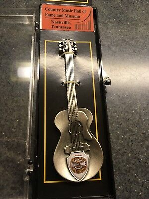 Country Music Hall Of Fame Vintage Collectible Souvenir Spoon Guitar - Nib