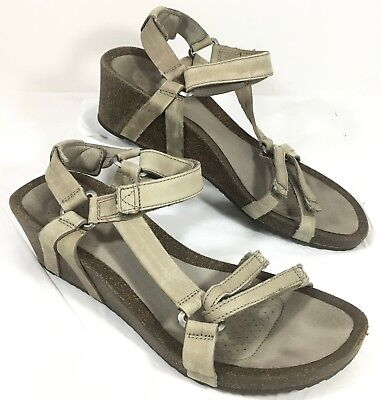 18955598ff5 Women s GUC Teva Ysidro Universal Taupe leather Ankle Strap Sandals Sz 9