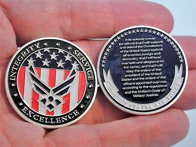 US Air Force collectible challenge coin.  Oath of Enlistment. USAF coin