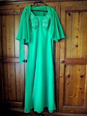 Vintage 1970's Retro Green Empire Line Evening Gown Dress & Matching Cape 12