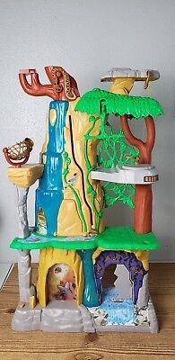 Lion Guard 'Training Lair Playset' Just Play Disney Lion King