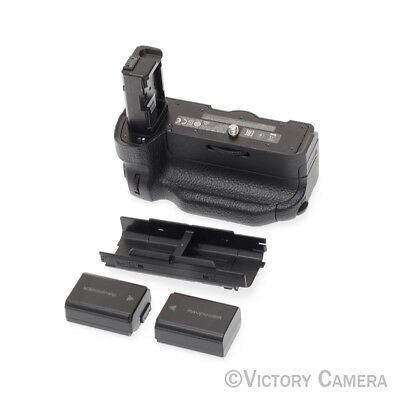 Sony Vertical Battery Grip for a7 II, a7R II, and a7S II VG-C2EM -Mint- (1130-10