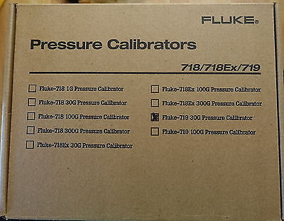 Fluke 719 30G Electric Pressure Calibrator 30 Psi 2 Bar Brand New In Box