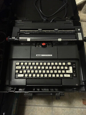 Olivetti Lexikon 83 D.L. electric typewriter  w/ case it works nice case