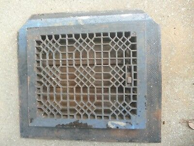 "ANTIQUE CAST IRON HEATING GRATE COVER REGISTER VENT FLOOR WALL 10"" x 12"""