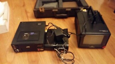 JVC Compact VHS-C HR-C3U w/ AC-P3U Power Pack/ Monitor and Suitecase