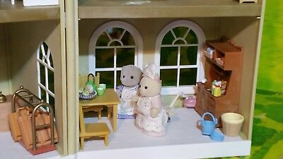 Sylvanian Families Grand Regency Hotel with loads of extras