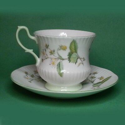 Rosina China Co Ltd Queen's Cup & Saucer Fine Bone China Made in England