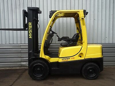 HYSTER H3.0FT. 4915mm LIFT. USED DIESEL FORKLIFT TRUCK. (#2041)