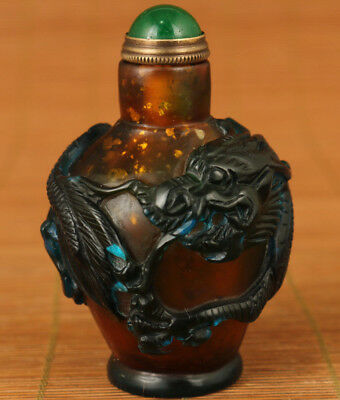 unique ancient chinese old glass hand carved dragon statue snuff bottle