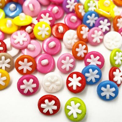 100pcs 14mm Flower Plastic Button / Sewing lots Mix - Free Shipping PT284