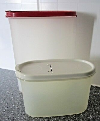 Vintage Tupperware Space saver ovals x 2 with flip lids. Good Condition.