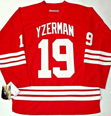 Nwt Steve Yzerman Detroit Red Wings S m Men Reebok Jersey W  Retirement  Patch 6be9e9880
