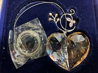 Swarovski Crystal Annual Edition Heart 2007 Christmas Ornament 886104  MIB W/COA
