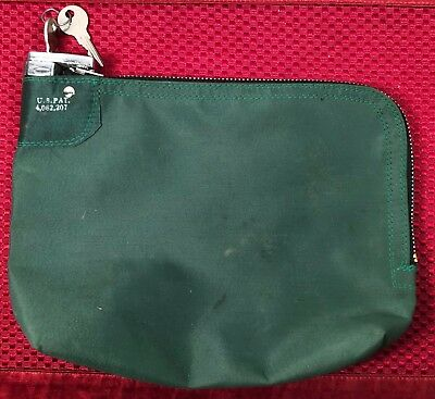 Strayer locking bank money bag with zipper and two keys