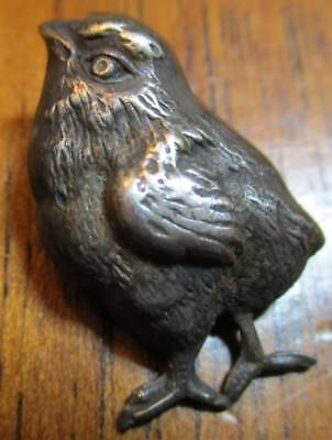 "1940s French White Metal Button~""REALISTIC CHICK BIRD"" Vintage Antique Picture"