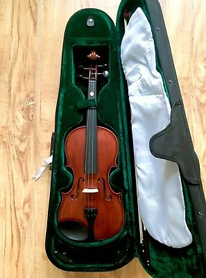 Violin: Enrico Student Extra Outfit 4/4 Size (USED FOR 1 YEAR)