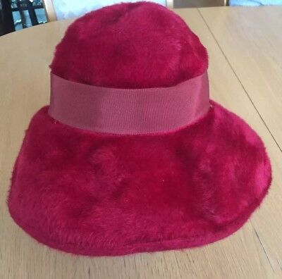 Original Vintage Red Faux Fur Woolsand Hat With Bow And Label 60s 70s