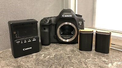 Canon EOS 5D Mark III 22.3MP Digital SLR Camera - Black (Body Only) Shutter 3661