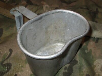 1.57# Authentic WWII WW2 EA Co 1945 Folding M1910 Caneen Cup For Cover Pouch
