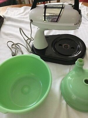 Vintage Dormeyer Mixer Jadite Glass Green Bowl - Juicer - Mixer Works