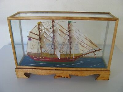 Vintage Sailing Ship In Glass Case Very Good Condition