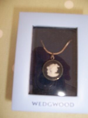 A Wedgwood Pottery Black  Necklace Pendant Cameo in Box Ladies Head