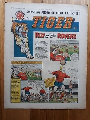The Tiger Comic 19 December 1959 Celtic FC Team Photo Blackpool FC Pen Pictures