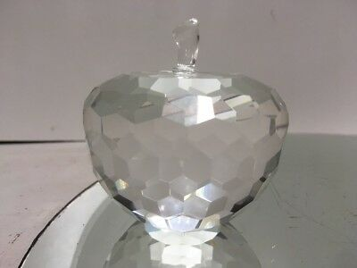 VTG. Oleg Cassini Crystal APPLE Paperweight