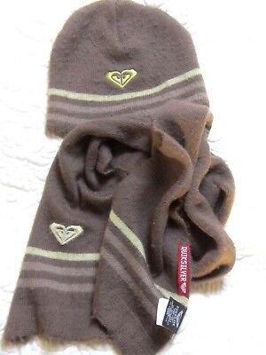 Quiksilver - 3 piece Hat Gloves & Scarf set - age 6- 9yrs fit