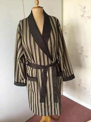 C & A Vintage Mens Dressing Gown