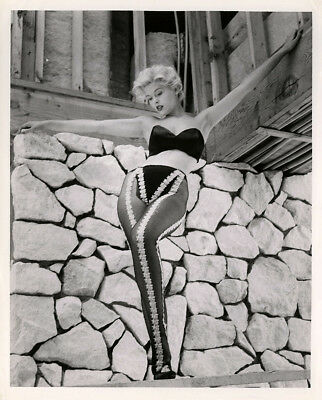 Buxom Blonde Bombshell Judy Bamber 1950s Vintage Keith Bernard Pin-Up Photograph