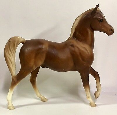 "Vintage Breyer Molding Co Classic Brown Tan Horse 7"" X 8.5"" White Hooves - USA"