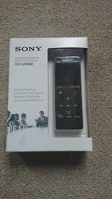 Sony ICD-UX560 Digital Stereo MP3/LPCM Voice Recorder 4 GB UX560