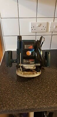 BOSCH ROUTER electric power tool with router bit