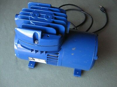 THOMAS INDUSTRIES Model 727CM39 Diaphragm Vacuum Pump Compressor WORKS GUARANTEE