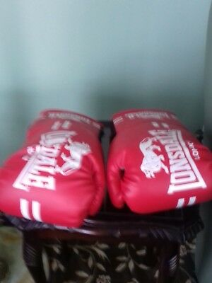 Lonsdale London Contender Boxing Gloves Size Sm/med