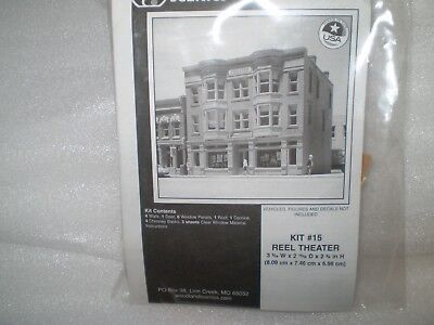 DPM/Woodland Scenics N Scale building kit - Theater
