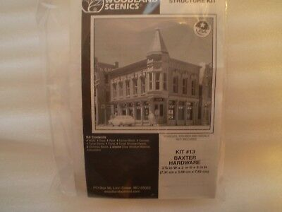 DPM/Woodland Scenics N scale building kit - Hardware Store