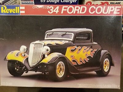 Revell Kit # 7239 '34 Ford Coupe~Very Cool~No Reserve~Must See~