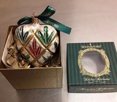 NEW Waterford Holiday Heirlooms Lismore Heart Glass Christmas Ornament in Box