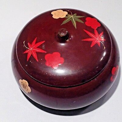 ANTIQUE ROUND JAPANESE LACQUER  BOX HAND PAINTED autumn leaves design