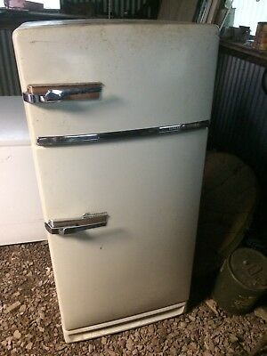 Vintage 1950s General Electric Refrigerator, Working Condition