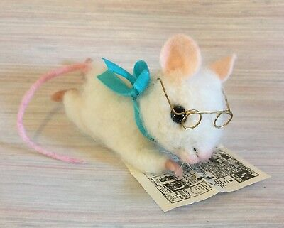 Needle Felted Mouse Art Reader Newspaper Glasses  Wool New
