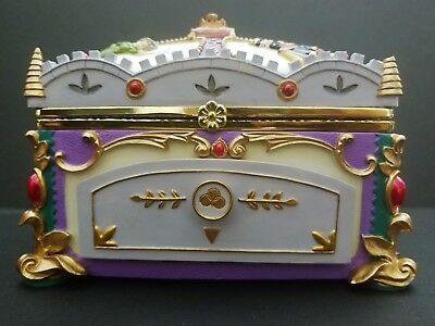 Disney Sleeping Beauty RARE 2002 Deluxe Music Box Jewelry Box Wonderland Music